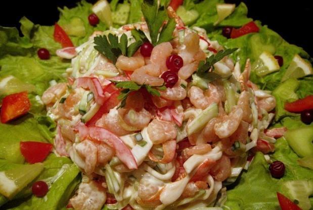 Салат из кальмар с креветкой